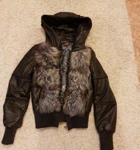 Куртка (желетка) кожаная р-р: 42