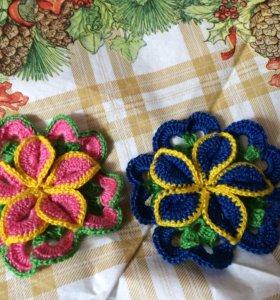 Оригинальные вязаные цветы
