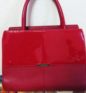 Очень крутая сумка))