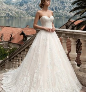 Роскошное свадебное платье А-силуэта 38-42 размер