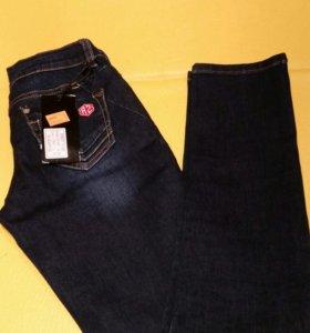 Новые джинсы, р-р 25