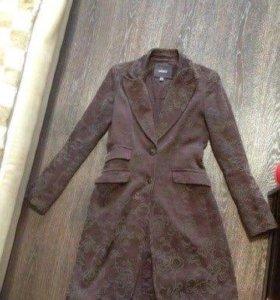 Пальто фирмы MEXX