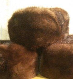 Три норковые шапки