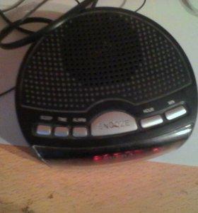 Часы с радиоприемником