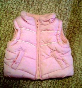 Курточка,безрукавка детская