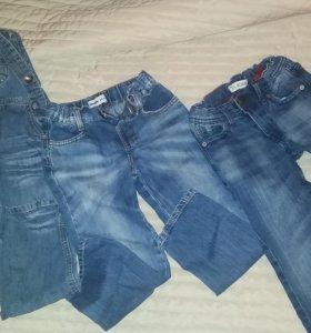 Детские джинсы.300руб.