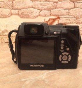 Цифровой фотоаппарат Олимпус-500