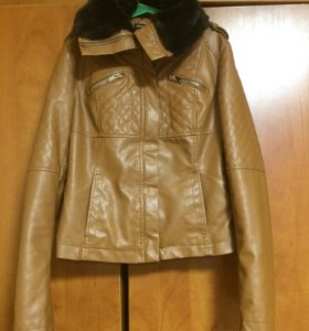 Продам куртку stradivarius
