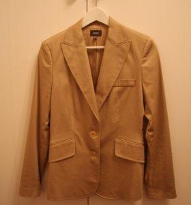Бежевый пиджак Mexx