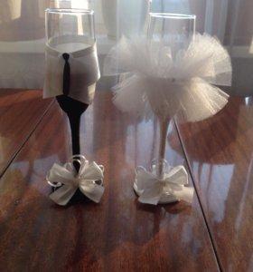 Свадебные бокалы-свадебное украшение