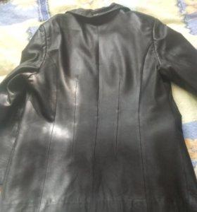 Куртка кожаная фабричная