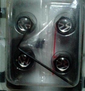 Продам колесные колпачки металические
