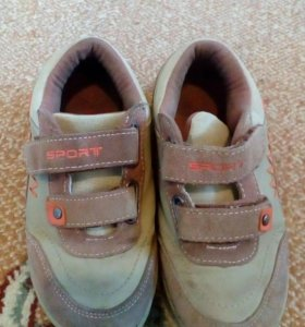 Кроссовки,сандали