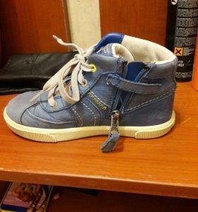 Ботинки Timberland. + кроссовки Adidas