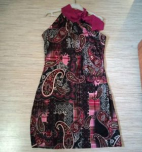 Платье б/у 44 размер