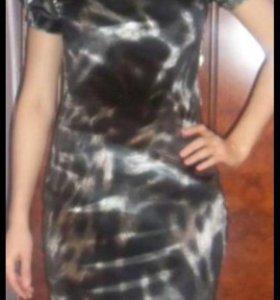 Платье б/у 42 размер