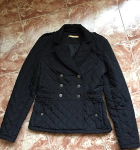 Демисезонная куртка ZARINA 44 р