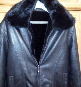 Куртка мужская зимняя,одевали 2раза,покупали за 17