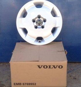 Оригинальные колпаки Volvo XC90 R16