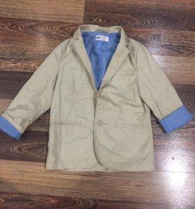 Пиджак H&M на мальчика,очень стильный