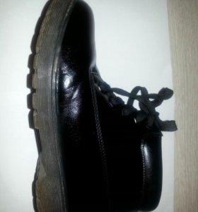 Ботинки осенние р. 36