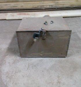 Ящик для инструментов на авто.