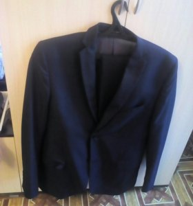 Мужской костюм 50 р-р