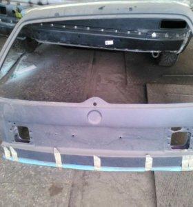 Passat B3, B4 задняя крышка багажника
