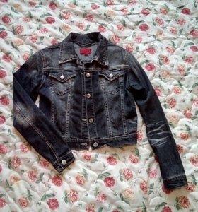 Модная куртка джинс