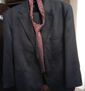 Костюм мужской пиджак,брюки