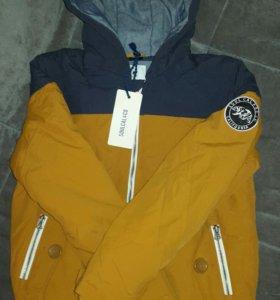 Осення-весенняя куртка на подростка