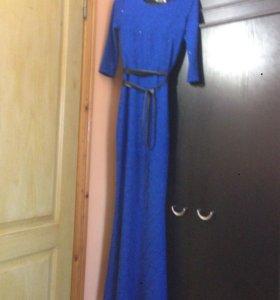 Платье в под