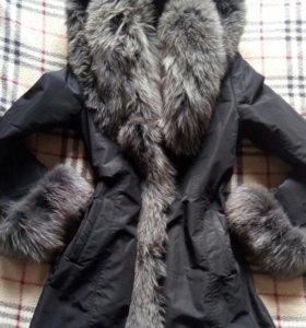 Зимняя красивая курточка
