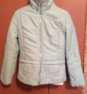 Куртка демисезонная размер 44-46