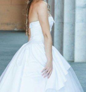 Свадебное платье и фата длинная