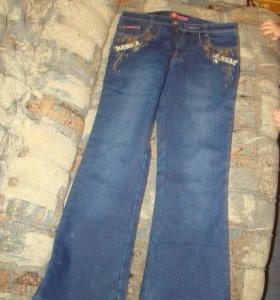 Утеплённые джинсы р-р 28