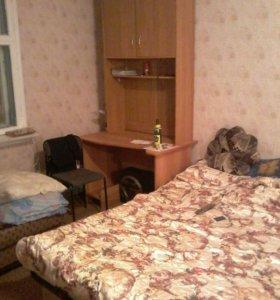 Сдается комната в 3-ой квартире. 7микр. 59 дом