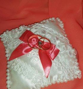Свадебные принадлежности