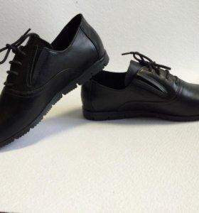 Мужские туфли,мокасины,босоножки