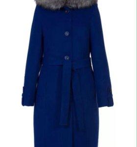 Продаю новое пальто.