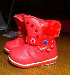 Продам ботиночки, р-р 21, одевали пару раз