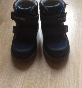 Продам осенние ботинки Kapika