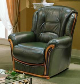 Абсолютно новое кожаное кресло