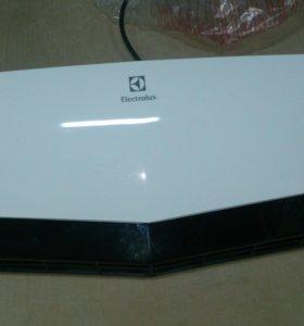 Настенный тепловентилятор Electrolux 7020