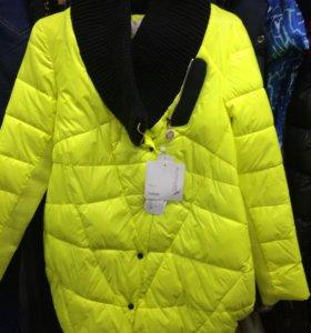 Куртки женские новые, р 42,44
