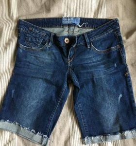 Шорты джинсовые pull&bear 27-28 размер