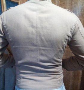 Куртка новая осень размер 46 -48