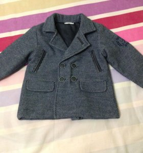 Пальто новое 1,5-2 года