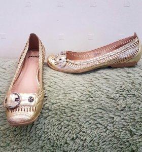 Туфли- балетки женские