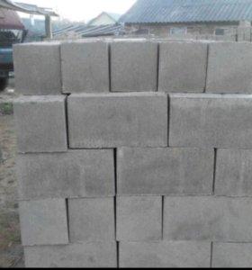 Блоки строительные пескобетонные